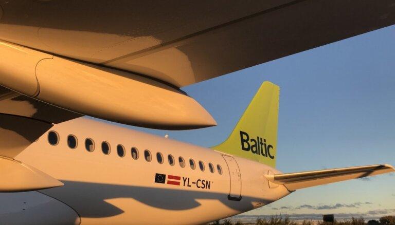 Pasažieri neapmierināti ar 'airBaltic' lidojuma Rīga-Brisele tehniskajām ķibelēm