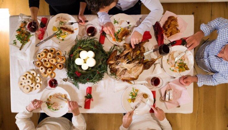 Как не переесть на Новый год? Советы диетологов