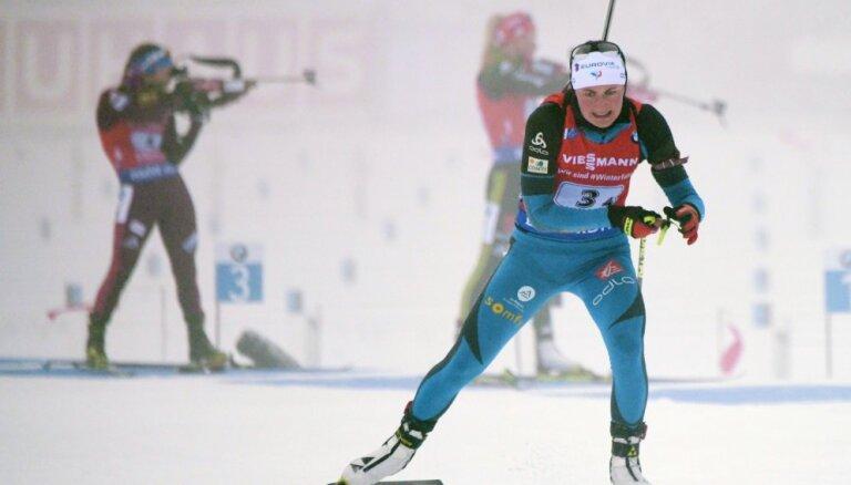 Эстафеты в тумане выиграли Франция и Швеция, команда Латвии отстала на круг