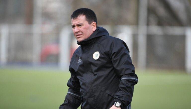 Latvijas U-21 futbolistiem trūkst pieredzes pieaugušo čempionātos, norāda jaunais treneris Basovs