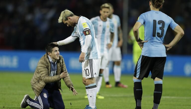 ВИДЕО: Месси возвращается, забивает победный гол, Аргентина выходит в лидеры