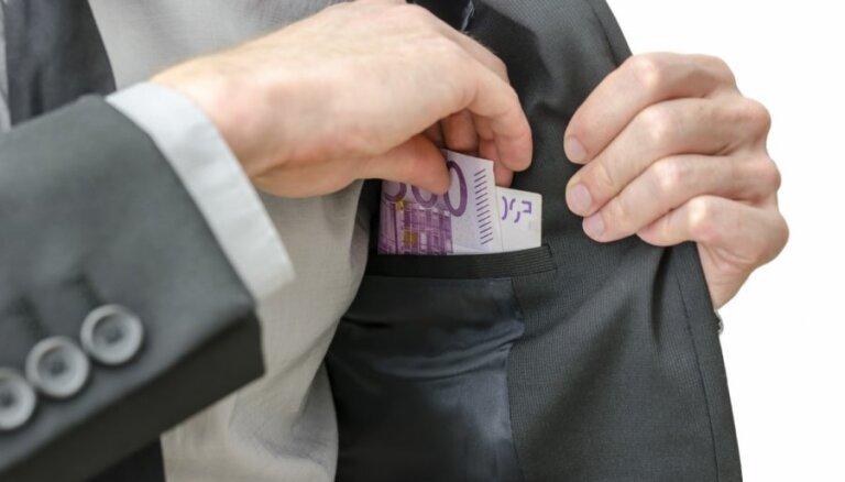 Не теряете ли вы свою пенсию? Как избавиться от управляющего-неудачника