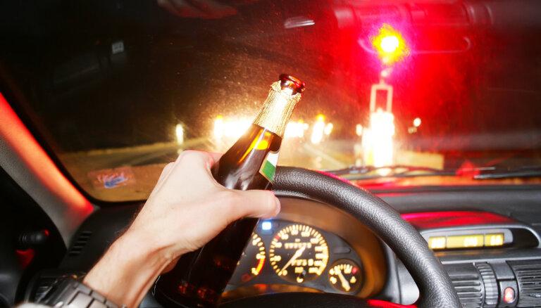 На латвийских дорогах задержано 18 водителей в состоянии опьянения