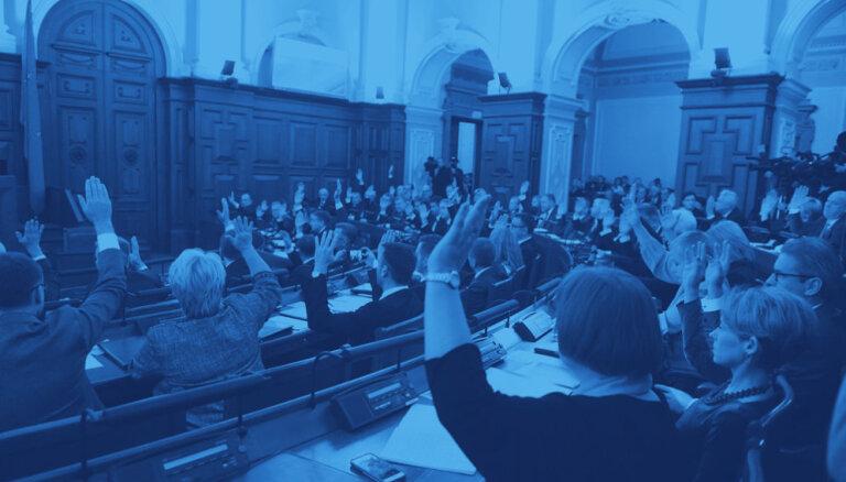 Sekošana likuma burtam – nevienprātība jau pirmajā 13. Saeimas darba nedēļā