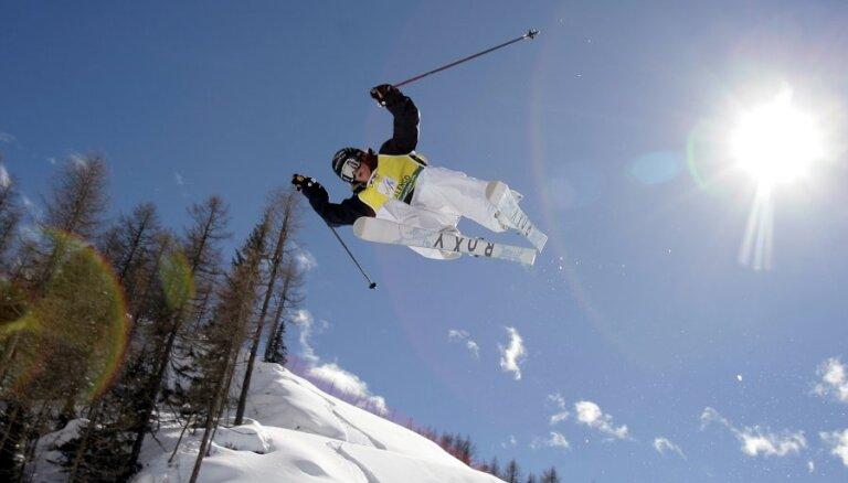 Разбившаяся на тренировке лыжница скончалась в больнице