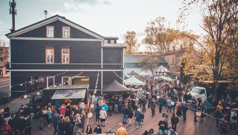Trešdienās Kalnciema kvartālā pulcēsies 'street food' busiņi un Rīgas restorāni