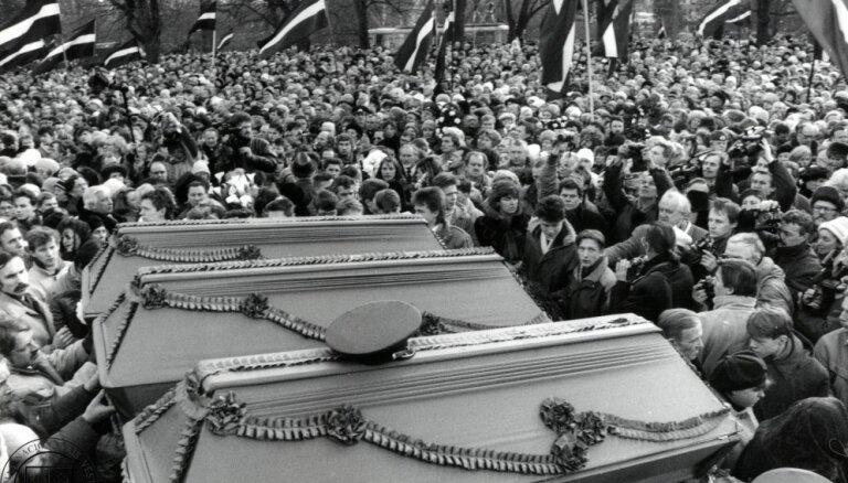 Руководство полиции в Беларуси почтило память погибшего в 1991 году милиционера Гамановича