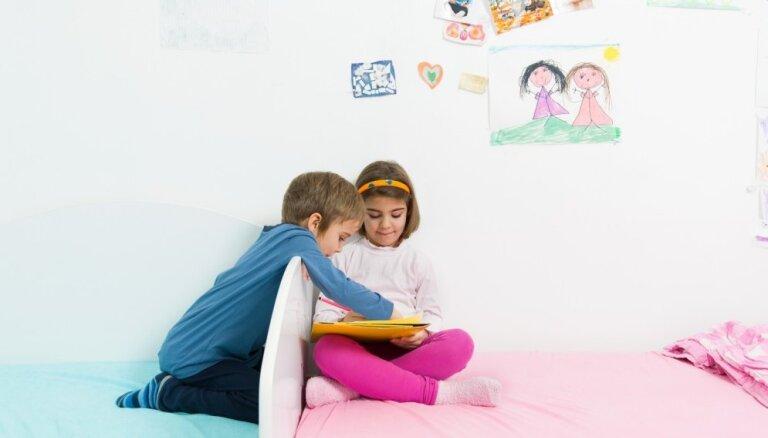 Māsa un brālis vienā istabā: kā iekārtot istabu abiem pa prātam