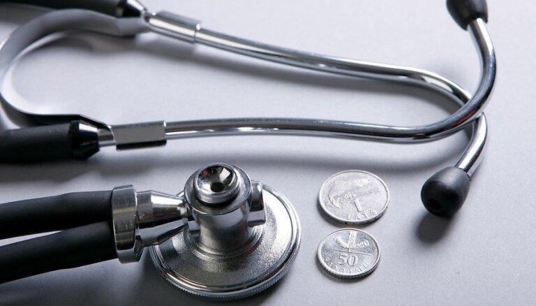 """Стрельченок: врачам следует отказываться от """"благодарности"""""""
