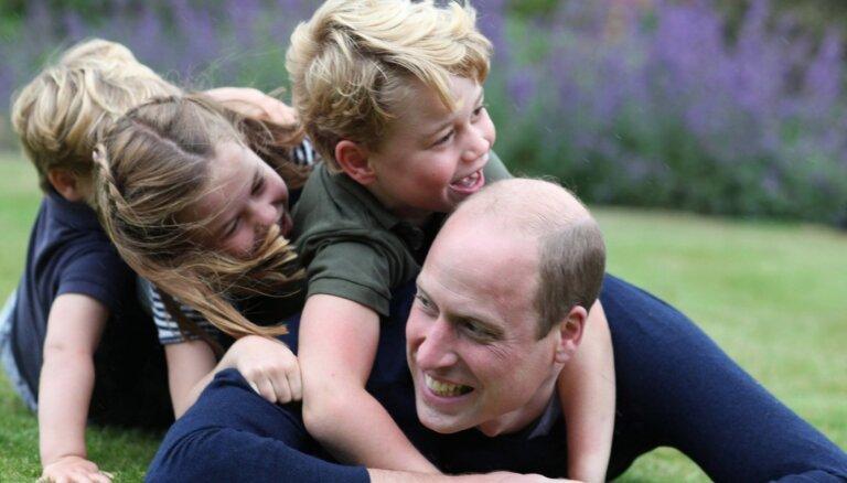 ФОТО: Принц Уильям отметил 38-летие в кругу семьи