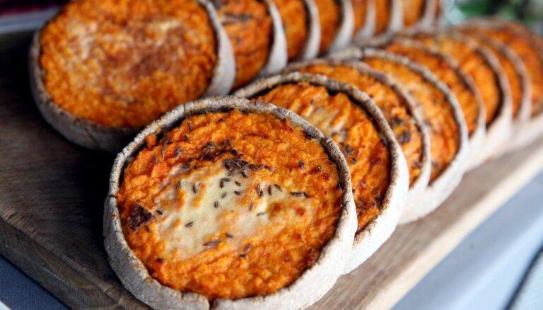 Latviešu saldā 'pica' – sklandrausis. Piecas gardas receptes Mārtiņdienas mielastam