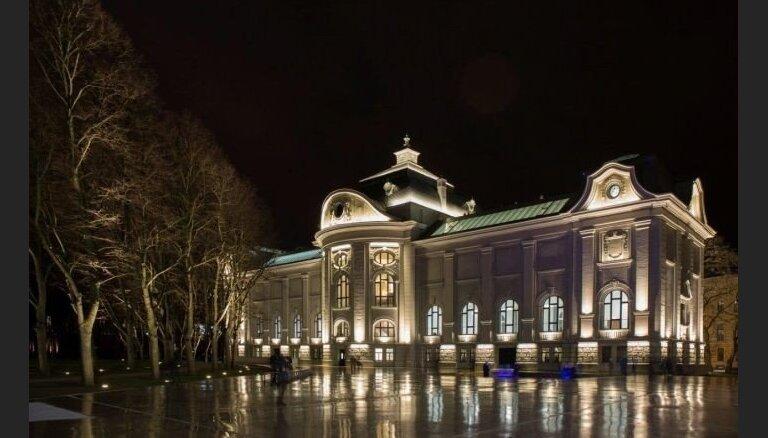 Mākslas muzejs un Rīgas pils saņem balvas kā gada labākās būves