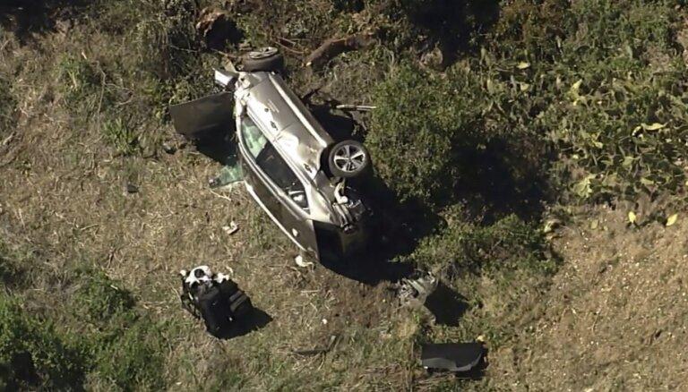 Гольфист Тайгер Вудс попал в аварию. У него множественные травмы ног