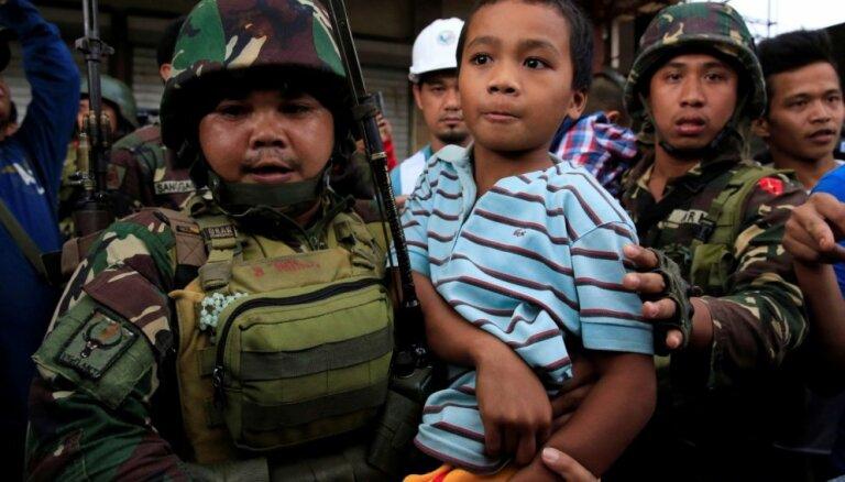 Filipīnu pilsētu Maravi okupēt mēģinājuši ap 500 islāmistu kaujinieku