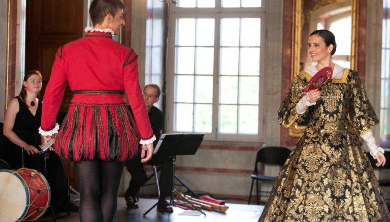 Foto: Barokāli greznās ainiņas Rundāles pilī Senās mūzikas festivāla izskaņā