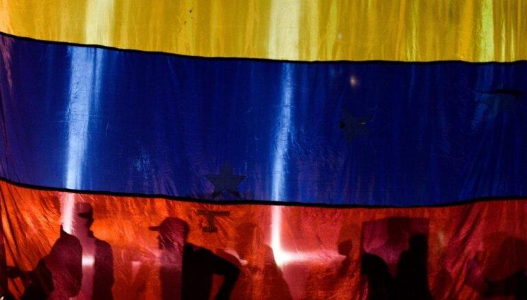Venecuēlā apcietina 12 izlūkdienesta aģentus, kas iesaistīti parlamenta spīkera aizturēšanā