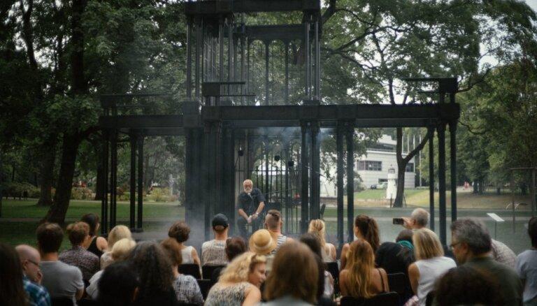 Rīgas biennāle iekļauta vairākos 2018. gada nozīmīgāko mākslas notikumu topos