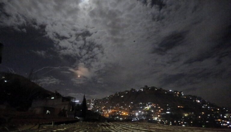 Izraēla dod prettriecienu: Irānas objektos Sīrijā nogalina vairākus cilvēkus