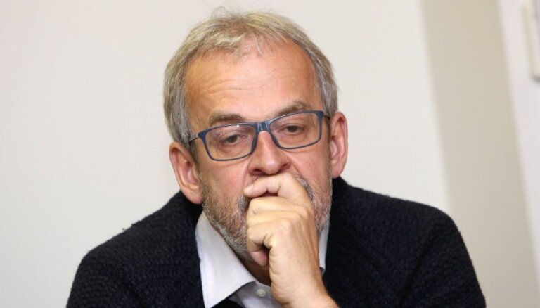 Zīle: Sodot Poliju vai Ungāriju par bēgļu neuzņemšanu, EK pieļaus kļūdu