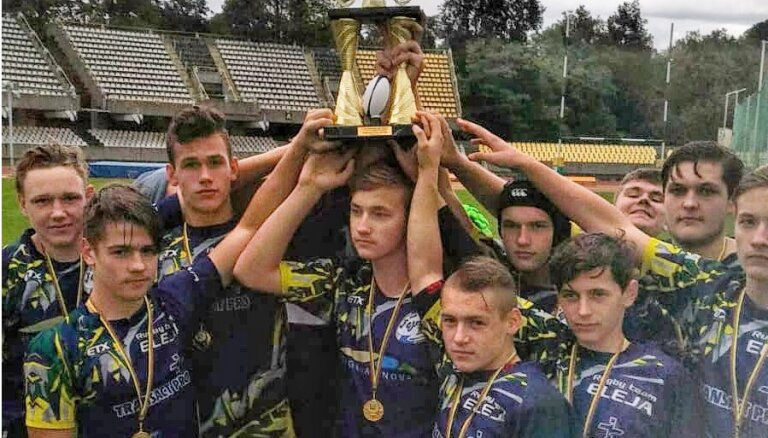 Latvijas jaunie regbisti otro gadu pēc kārtas triumfē turnīrā Kauņā