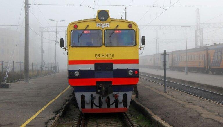 Cehs.lv: Jaunu vilcienu iepirkums ir lieks, es izbaudu pašreizējos