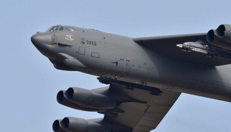 Над Латвией пролетели стратегические бомбардировщики США