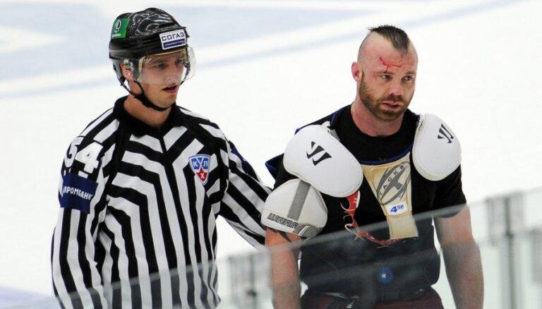 'Vitjazj' kaušļi arī KHL regulārās sezonas beigas nevar aizvadīt mierīgi