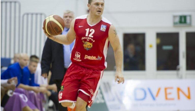 Sirsniņš izrauj 'Jēkabpils' basketbolistiem uzvaru pusfināla sērijas mačā ar 'Ventspili'