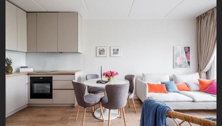 Līdz ar valsts atbalsta programmu jaunajiem speciālistiem savs dzīvoklis izmaksās lētāk nekā īrēts īpašums