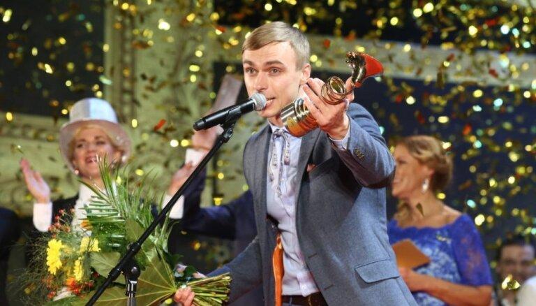Noskaidrotas 25 aizgājušā gada vērtīgākās latviešu dziesmas