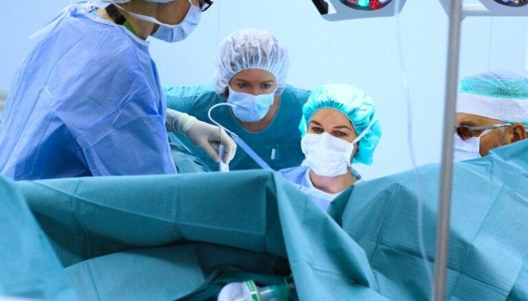 Kā ārstēt urīna nesaturēšanu un atbrīvoties no nierakmeņiem? Urologa padomi sievietēm