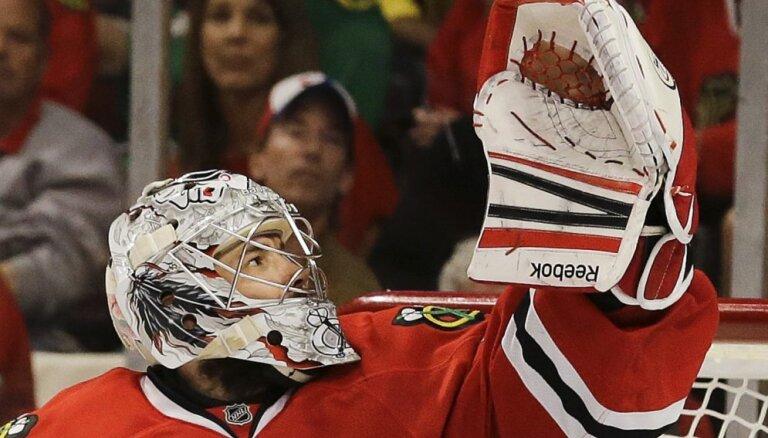 Piedāvā hokejā vārtsargiem samazināt ķērājcimdus, pārbīdīt laukuma līnijas un liegt faniem izmantot bungas