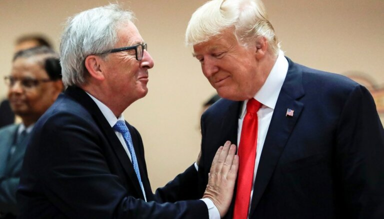 The Wall Street Journal: главе ЕК пришлось объяснять Трампу свою позицию при помощи карточек