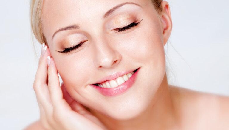 Kā pareizi attīrīt sejas ādu? Biežāk pieļautās kļūdas, kas kaitē skaistumam