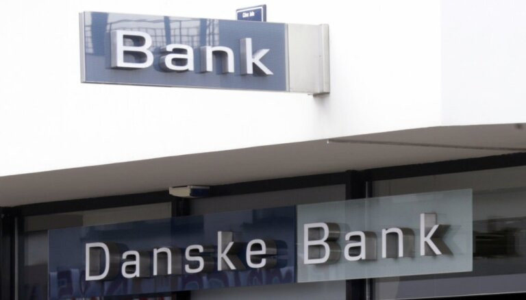 Naudas atmazgāšanu 'Danske Bank' Igaunijas filiālē pēta 150 miljardu dolāru apmērā