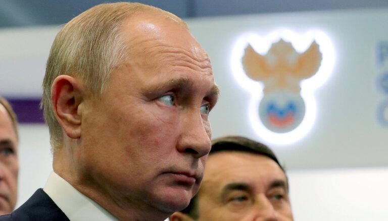 В США призывают к немедленному введению санкций против России и Путина
