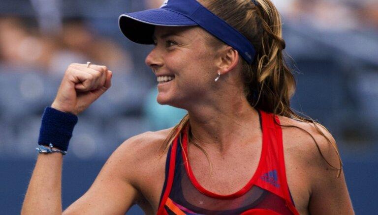 US Open: Азаренко остановила самую длинноногую теннисистку