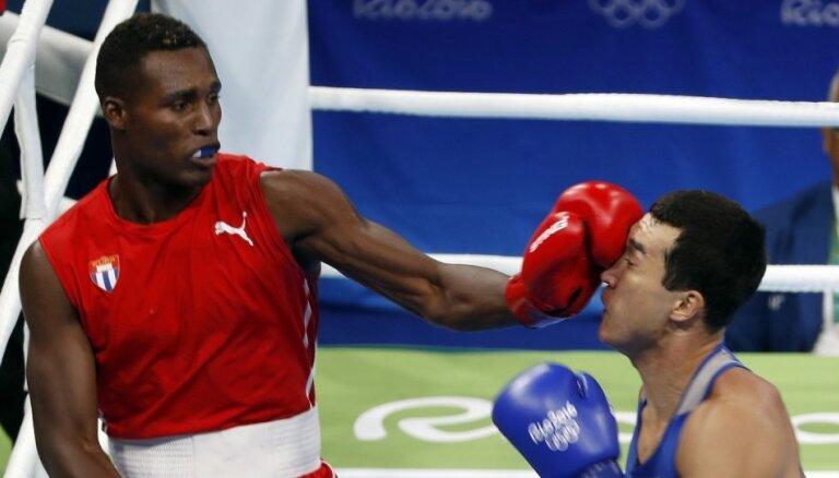 Kubas bokseris la Kruss kļūst par olimpisko čempionu