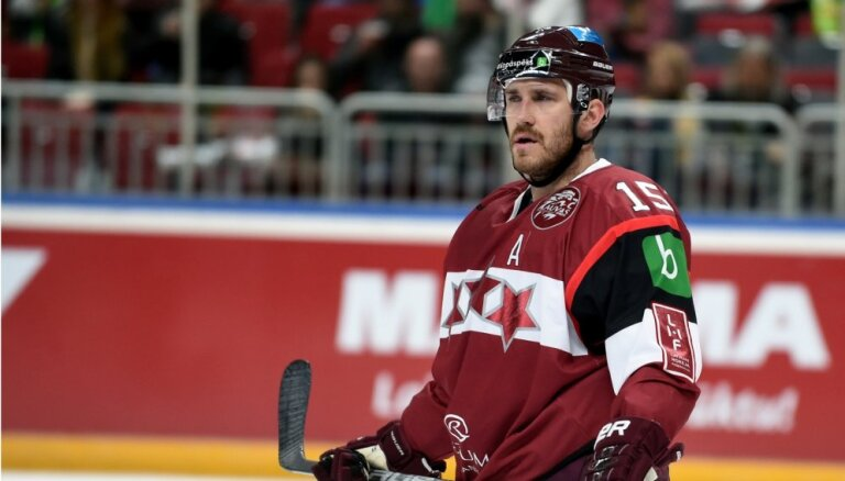 Latvijas izlases sastāvā 'Deutschland Cup' turnīram iekļauts Karsums un citi bez kluba esošie hokejisti
