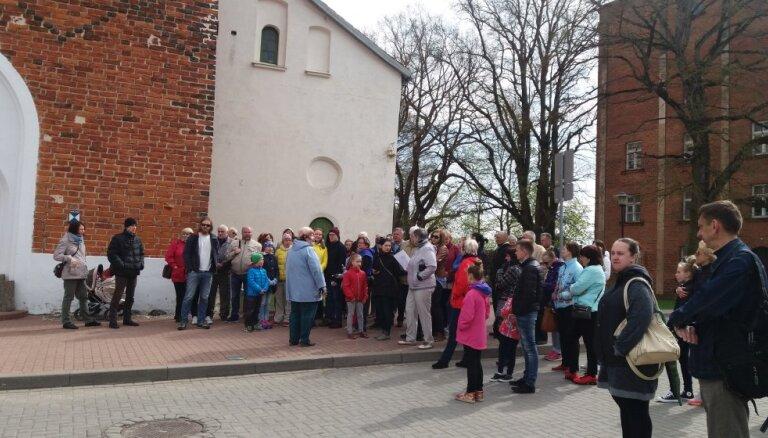 Aicina doties patriotiskā bezmaksas ekskursijā pa Valmieru