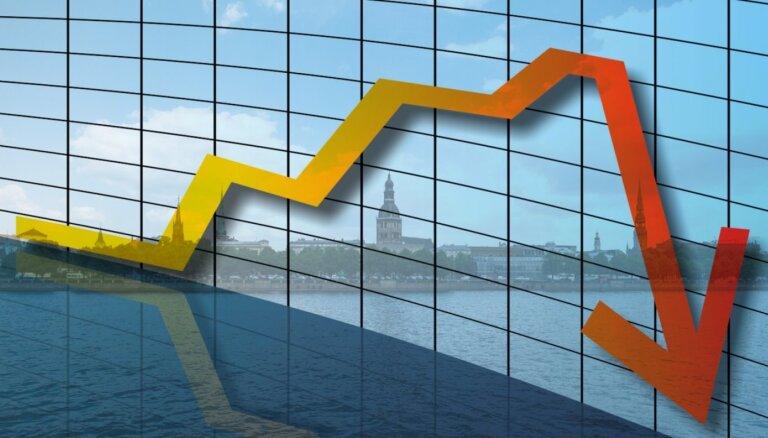 Ekonomisti par ražošanu: zemāko punktu varam sasniegt vasaras vidū
