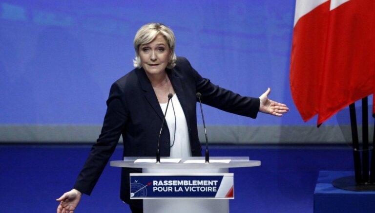 Lepēna ierosina pārdēvēt Francijas galēji labējo partiju par Nacionālo savienību
