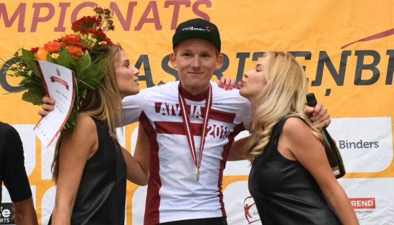 Pēc 15 gadu pārtraukuma UCI pasaules ranga Top 200 iekļūst trīs Latvijas šosejas riteņbraucēji