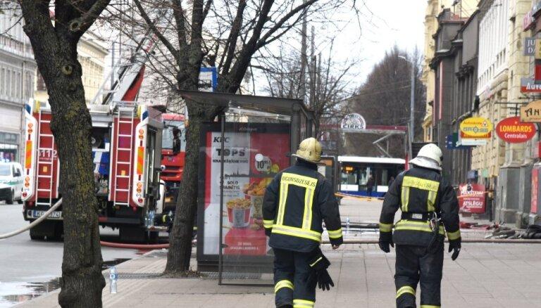 'Spried ar Delfi' par ugunsdrošību hosteļos, viesnīcās un viesu namos