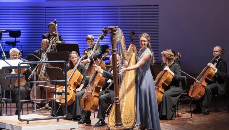 Foto: Anna Gāgane, Dārta Tīsenkopfa un grupa 'Willow Farm' festivāla 'Liepājas vasara' koncertos