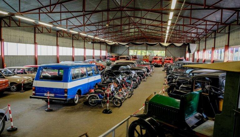 ФОТО. Коллекция старинных автомобилей в комплексе отдыха Miķelis