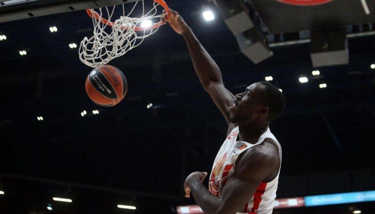 Nigērijas basketbolists Odžo mirst 27 gadu vecumā treniņā Belgradā