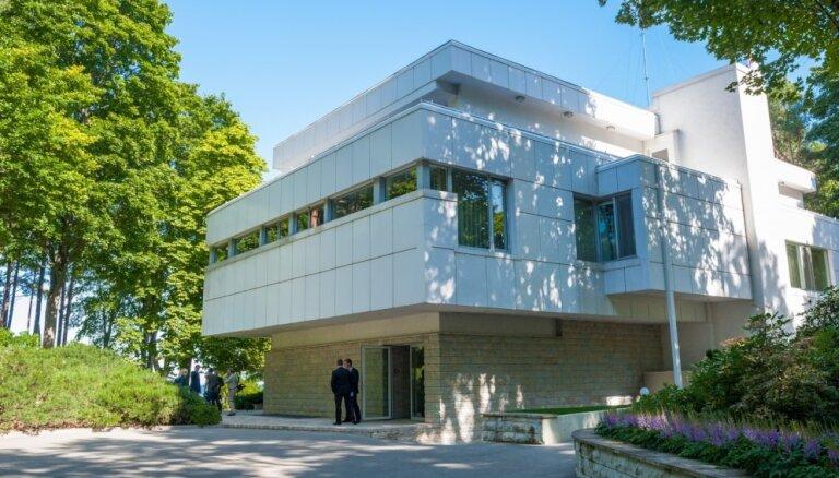 Jūrmalas rezidences iekārtošana notiek ar Valsts prezidenta kancelejas finansējumu; darbus veic kancelejas darbinieki