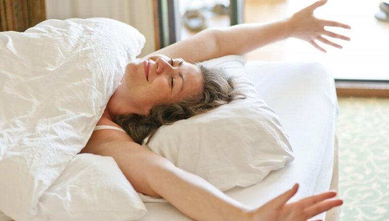 Стать счастливее за 10 секунд. Как одна утренняя привычка поможет улучшить вашу жизнь