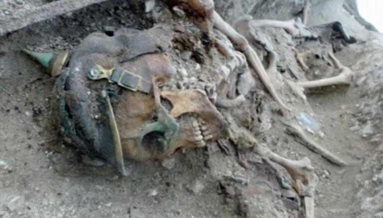 Video: Francijā turpina atrast 1. pasaules karā kritušo karavīru mirstīgās atliekas